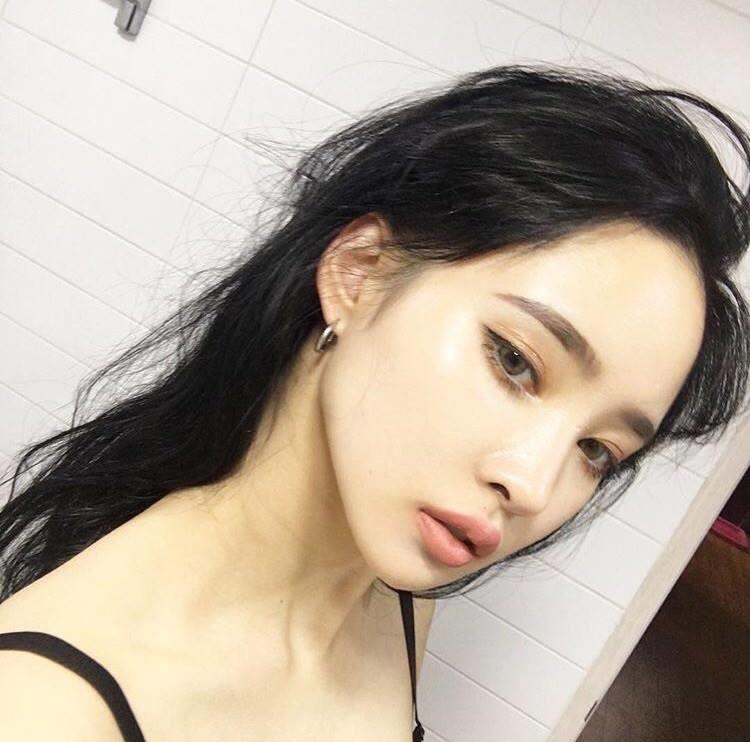 Hot single aesthetically cute asian girls near your area