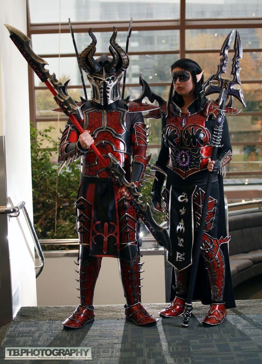 Warhammer 40K cosplay: Lady Inquisitor